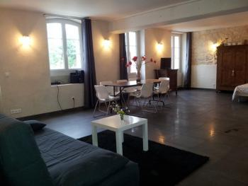 Studio-COQUELICOT-Salle de bain-Vue sur Jardin - Studio-COQUELICOT-Salle de bain-Vue sur Jardin