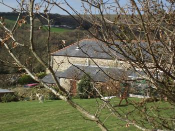 The Threshing House - The Threshing House and Garden