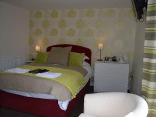 Double room-Standard-Ensuite-Room 2 - Base Rate