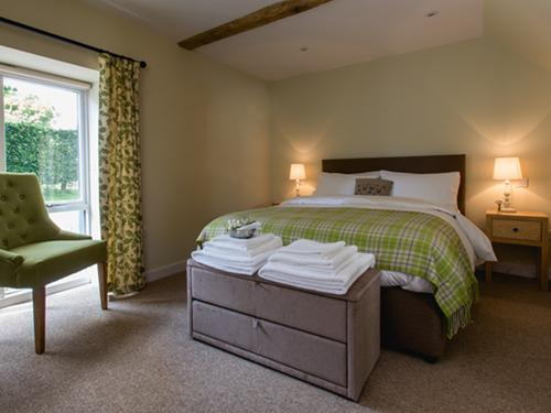 Double room-Classic-Ensuite-The Oak - Base Rate