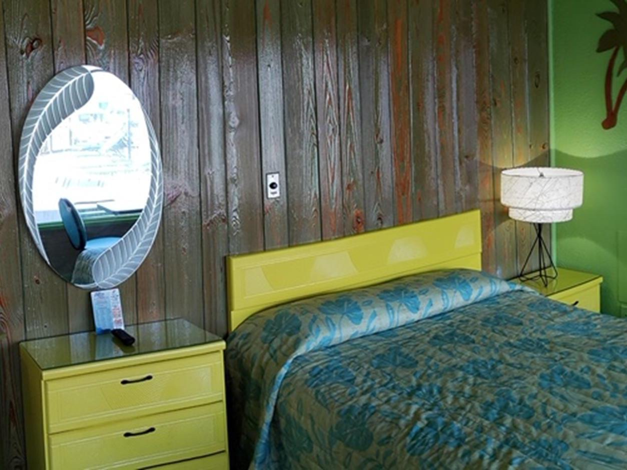 Double room-Private Bathroom-Basic-Type A - 1 Double Bed