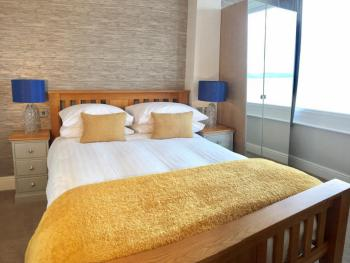 Double room-Deluxe-Ensuite-Sea View-King-Size Bed - Room 5