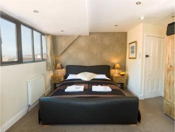 A luxury double room