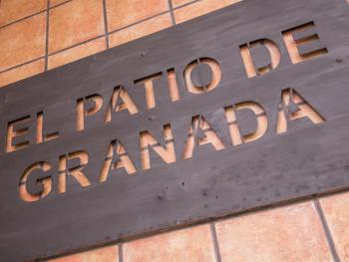 Patio Granada 10