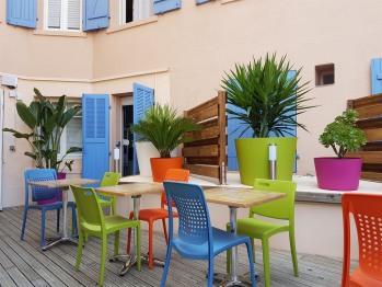 Le patio pour petit-déjeuner ou pique-niquer