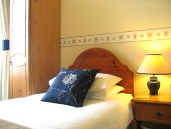 Executive Single room ideal for business guests