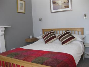 Double room-Classic-Ensuite-Partial Sea View - Double room-Classic-Ensuite-Partial Sea View