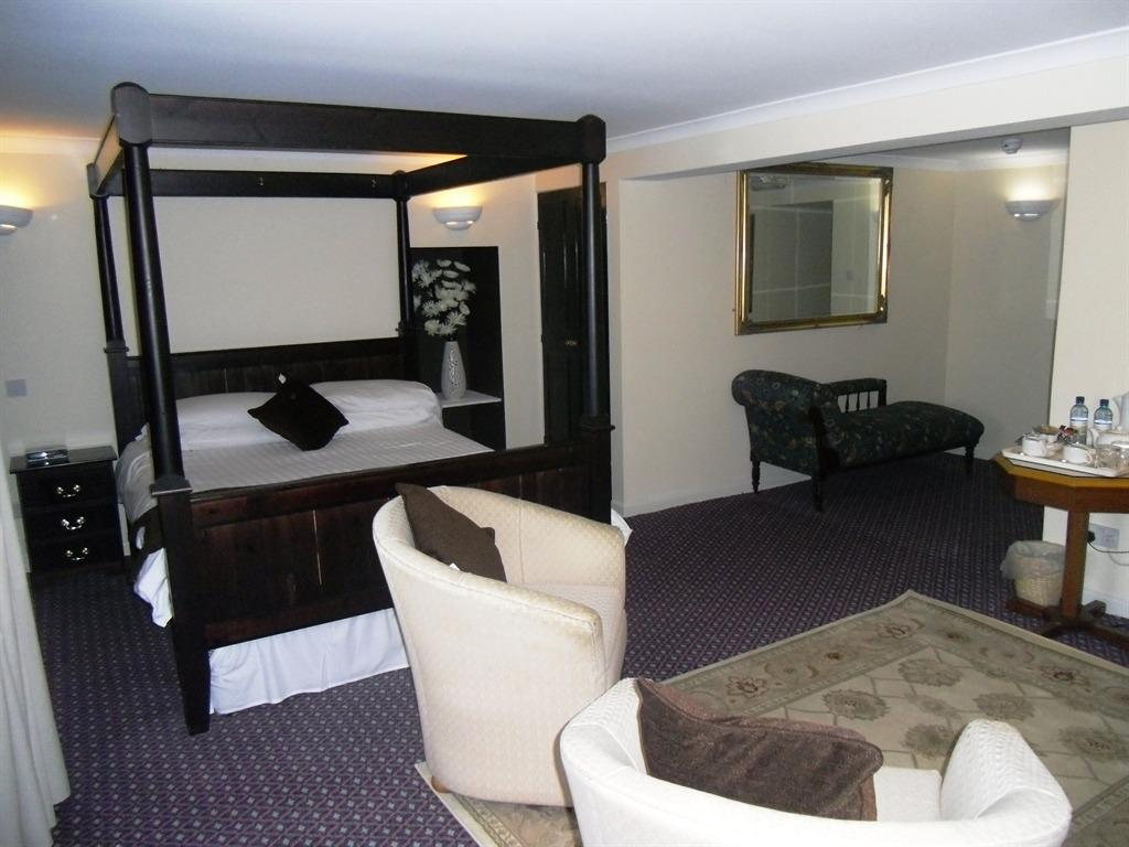 Double room-Ensuite-Four Poster Room - Base Rate
