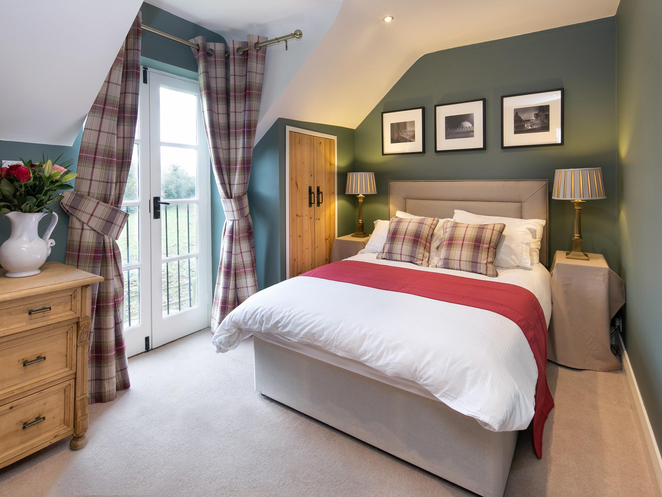 Double room-Standard-Ensuite-Garden View-Willow - Base Rate