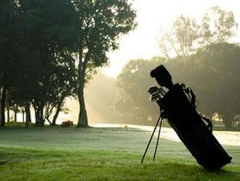 9 Golf courses nearby
