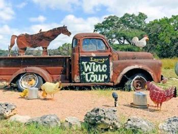 Serenity Farmhouse Inn - Wine Tours Truck