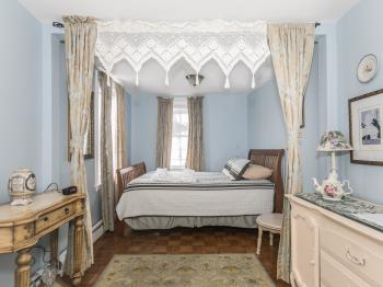 Double room-Ensuite-Standard-Bel Canto Room (1) - Base Rate