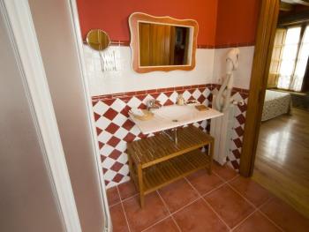Posada la Rivera de Escalante baño habitación doble número 7