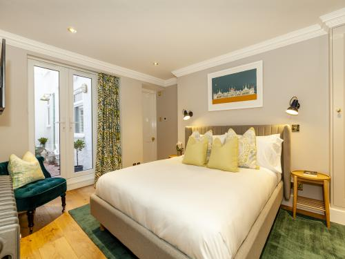 Luxury King Bedroom