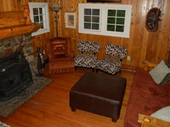The Cornerstone Cabin - living room view