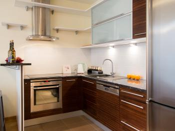 Lovely Kitchen of Park View Studio 2