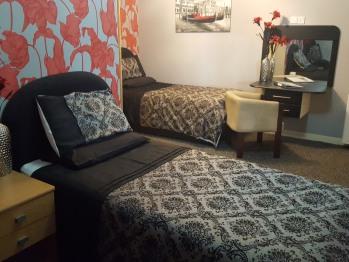 Triple room-Standard-Ensuite-3 Singles