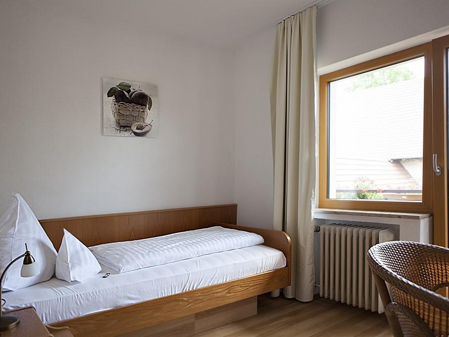 Einzelzimmer-Economy-Ensuite Dusche-Balkon