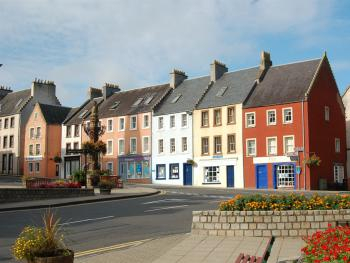 Market Square, Royal Burgh of Jedburgh - part of the town centre conservation area. Choice of eating places, pubs and proprietor owned shops