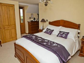 Lynton (Double En-suite with Balcony)
