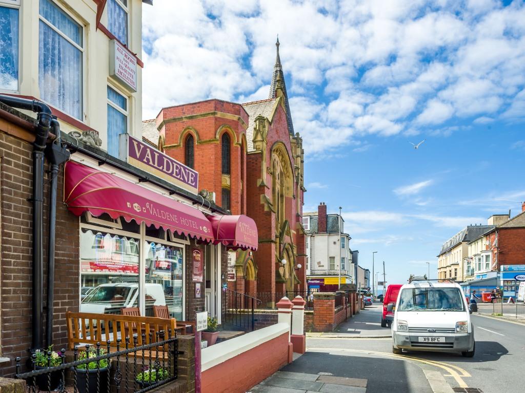 Valdene Hotel Blackpool Homepage