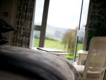 Double room-Deluxe-Ensuite with Bath-Garden View-Superking/Separate Shower - Base Rate