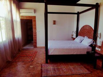 Suite-Douche-Vue sur Piscine-Jacaranda