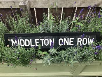 Middleton One Row