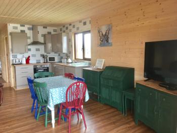 Lodge-Comfort-Private Bathroom-Lake View-Butterfly Lodge - Base Rate