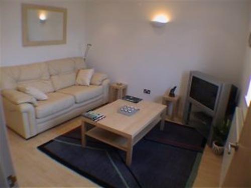 Apartment-Private Bathroom-Three Bedroom  (Corniche)