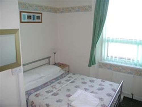 Double room-Ensuite-2  .non smoking  - Base Rate