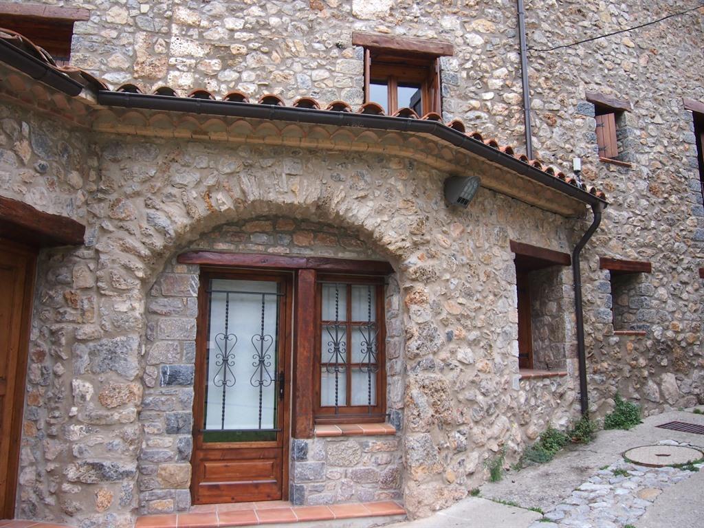 Apartamento-Rural-Baño con ducha-Vista a la Montana-Ca la Claudina