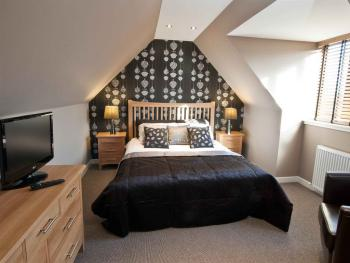 New Inn Hotel - One bedroom Apartment