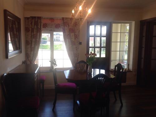 Individual tables per room