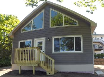 Clearwater-Cabin-Lake View-Family-Private Bathroom
