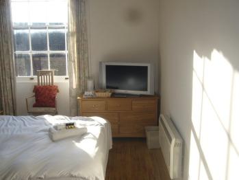 Rm 18 tv room