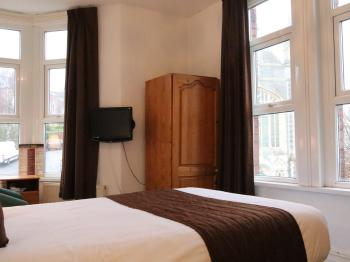 Room 3- Double Bed, Ensuite
