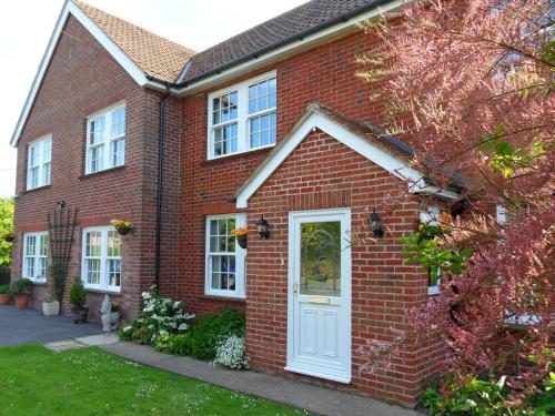 Warm & welcoming property with all modern comforts