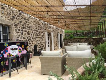 Terrasse sud - exclusive pour les clients des chambres