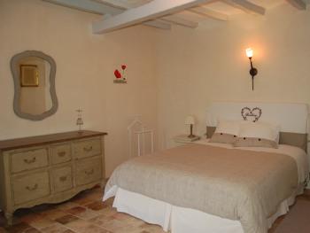 Double-Confort-Salle de bain Privée-RDC