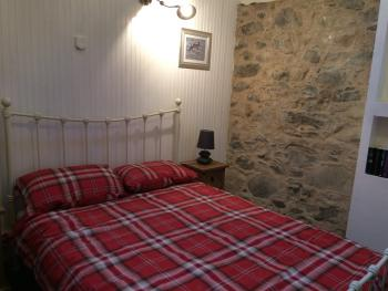 Cottage-Private Bathroom-2 Bedroom