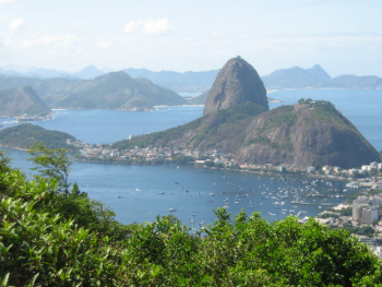 Sugar Loaf and Guanabara Bay below us.   The aerial tram to the summit of Sugar Loaf is about a 35 min walk from the house for those who like walking, or 10 min by taxi!