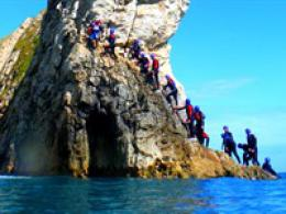 Coasteering in Dorset