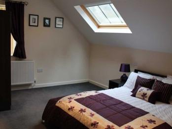 Sky light view Toms room