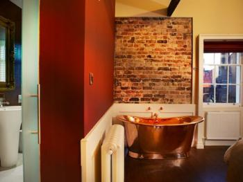 Fabulous Junior Suite (Superking bed, en-suite shower, free standing Copper Bath) Room Only