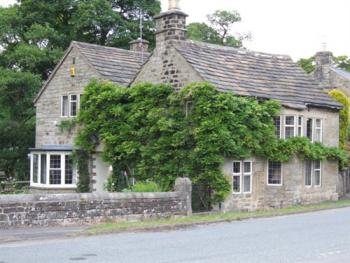 Grindleford Village