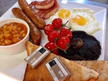 Breakfasts served from 8am