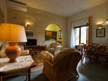 Tal Mirakli No 4 Holiday Apartment