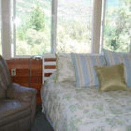 Quad room-Ensuite-Standard-Mountain View-Garden Rose