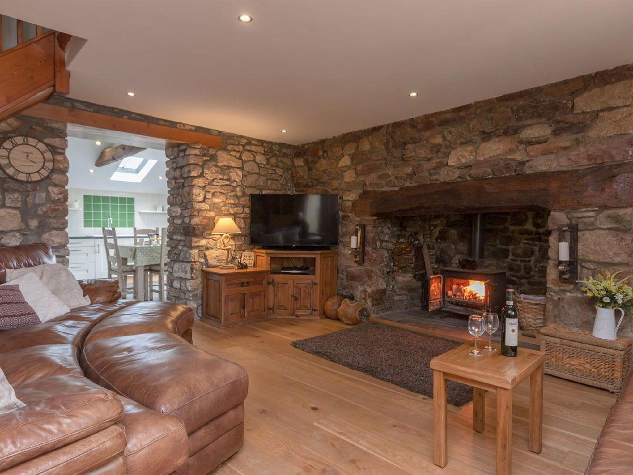 Cottage-Deluxe-Private Bathroom-Mountain View-Rhiwddu Farmhouse - 3 Night Stay - Farmhouse
